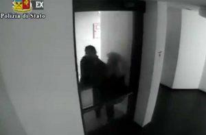Vicenza - Donna aggredita per strapparle la collana