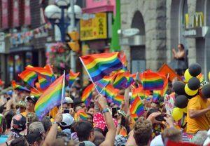 Bandiere arcobaleno