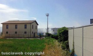 Viterbo - Incendio all'impianto di Casale Bussi