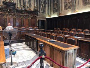 Seduta del consiglio comunale saltata - L'aula deserta