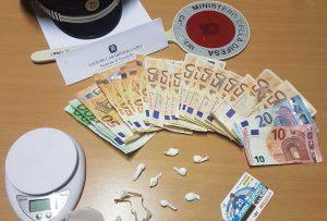 Vasanello - Carabinieri - La droga e i soldi sequestrati