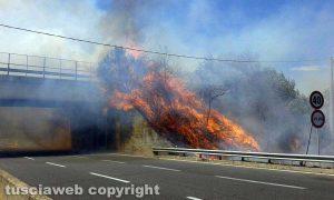 L'incendio sulla Superstrada