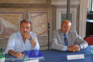 Viterbo - Sala regia - Incontro sulla geotermia - Enrico Panunzi ed Eugenio Stelliferi