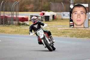 Stefano Gambini in sella alla sua moto da cross