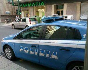 Viterbo - La polizia davanti alla farmacia