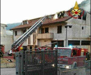 Prato - La casa andata a fuoco