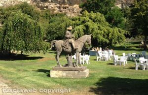 Tarquinia - Tra i rami dell'arte - il parco De Sanctis