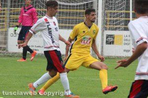 Sport - Calcio - Jefferson e Paolo De Cristofaro nel derby tra Viterbese e Flaminia