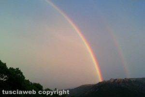 Fluminimaggiore - Doppio arcobaleno dopo un temporale in Sardegna