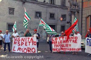 Viterbo - Maico - Protesta sotto alla prefettura