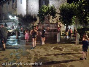 Gavettoni a Bagnaia in piazza XX settembre