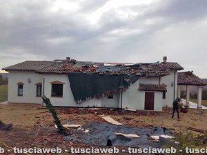 Tuscania - La casa danneggiata dalla tromba d'aria