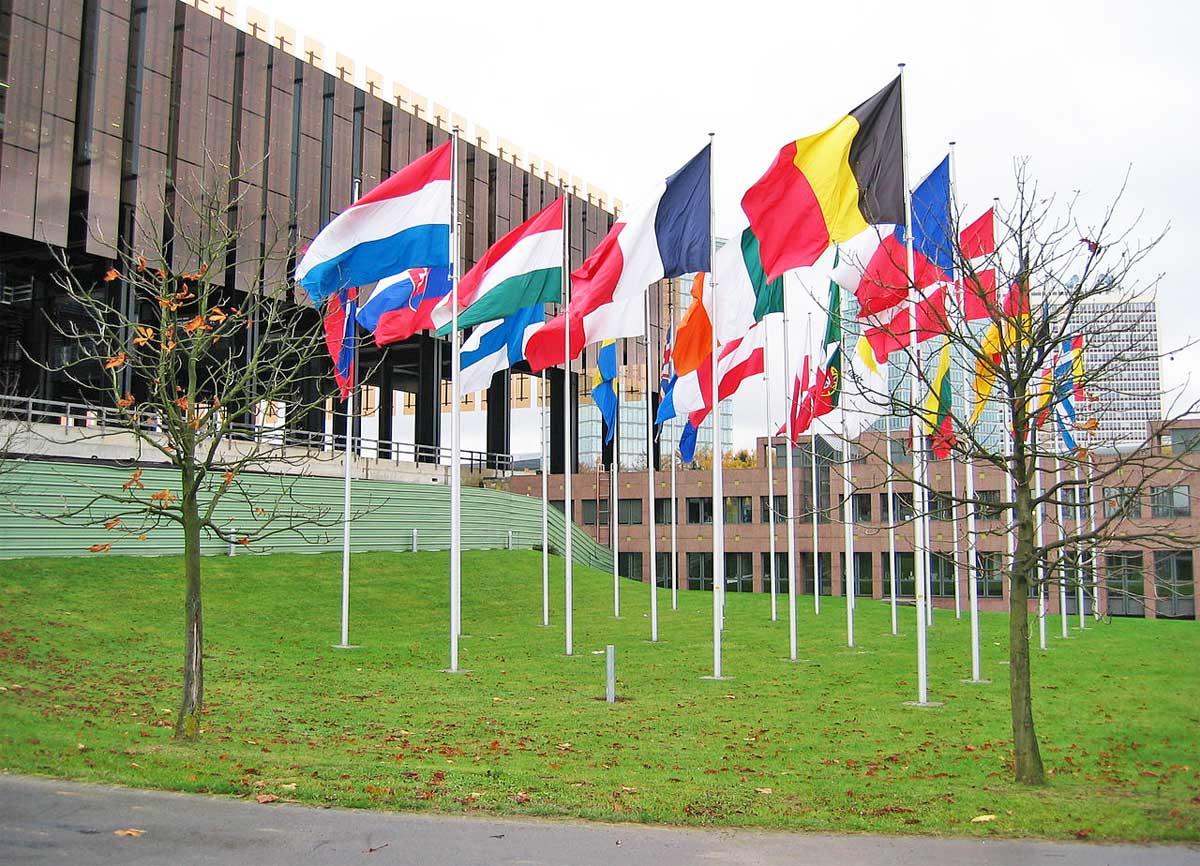 UE: respinti i ricorsi di Ungheria e Slovacchia