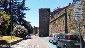Viterbo - Via delle Fortezze