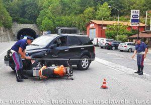 Spoleto - Scontro auto-moto sulla Flaminia, nei pressi del valico della Somma