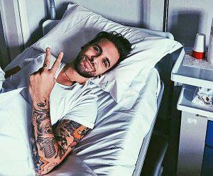 Viterbo - Alessio Bernabei all'ospedale di Belcolle - La foto pubblicata su Instagram