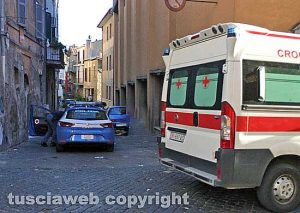 Viterbo - Polizia e 118 nel centro storico