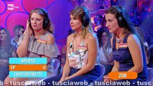 Capranica - Elisa Pannucci e Serena e Claudia Lanzalonga (le Trucco e parrucco) a Reazione a Catena
