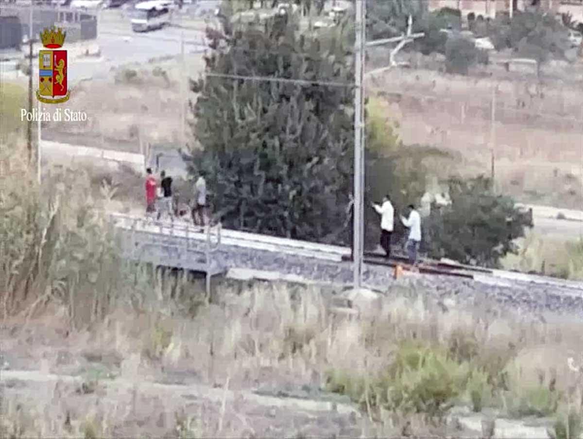 In sei mesi 4 migranti e 4 feriti lungo le linee ferroviarie
