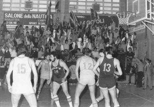 Il gruppo ultrà del basket viterbese