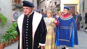 """La manifestazione """"Ciao e... state a Marta"""" - Il corteo storico medievale"""