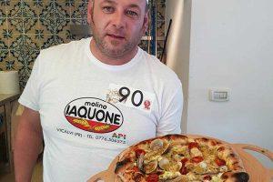 Monfefiascone - Alessio Rossi e la sua pizza al pesce