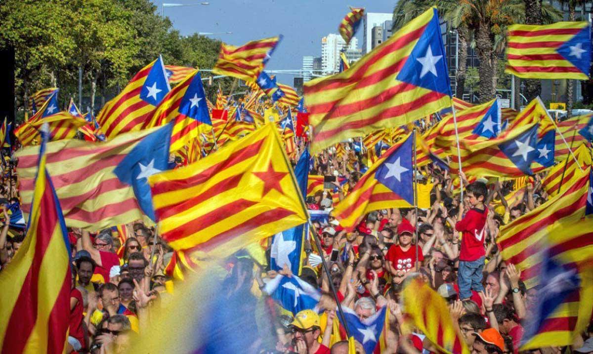 Catalogna: Puigdemont, dichiarazione di indipendenza è questione di giorni