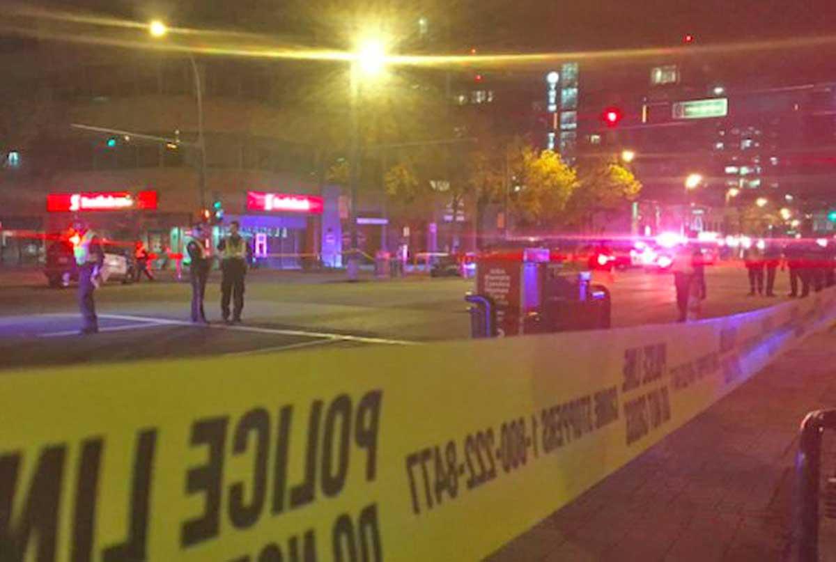 Terrorismo in Canada: camion sulla folla, poliziotto accoltellato