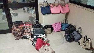Alcuni dei prodotti contraffatti sequestrati dalla guardia di finanza a Soriano nel Cimino