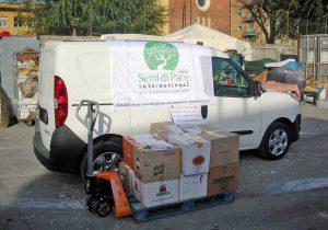 Il furgone di Semi di pace consegnato a Livorno