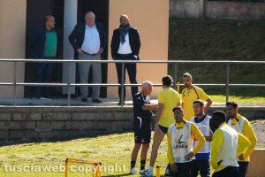 Sport - Calcio - Viterbese - Piero Camilli osserva il lavoro della squadra