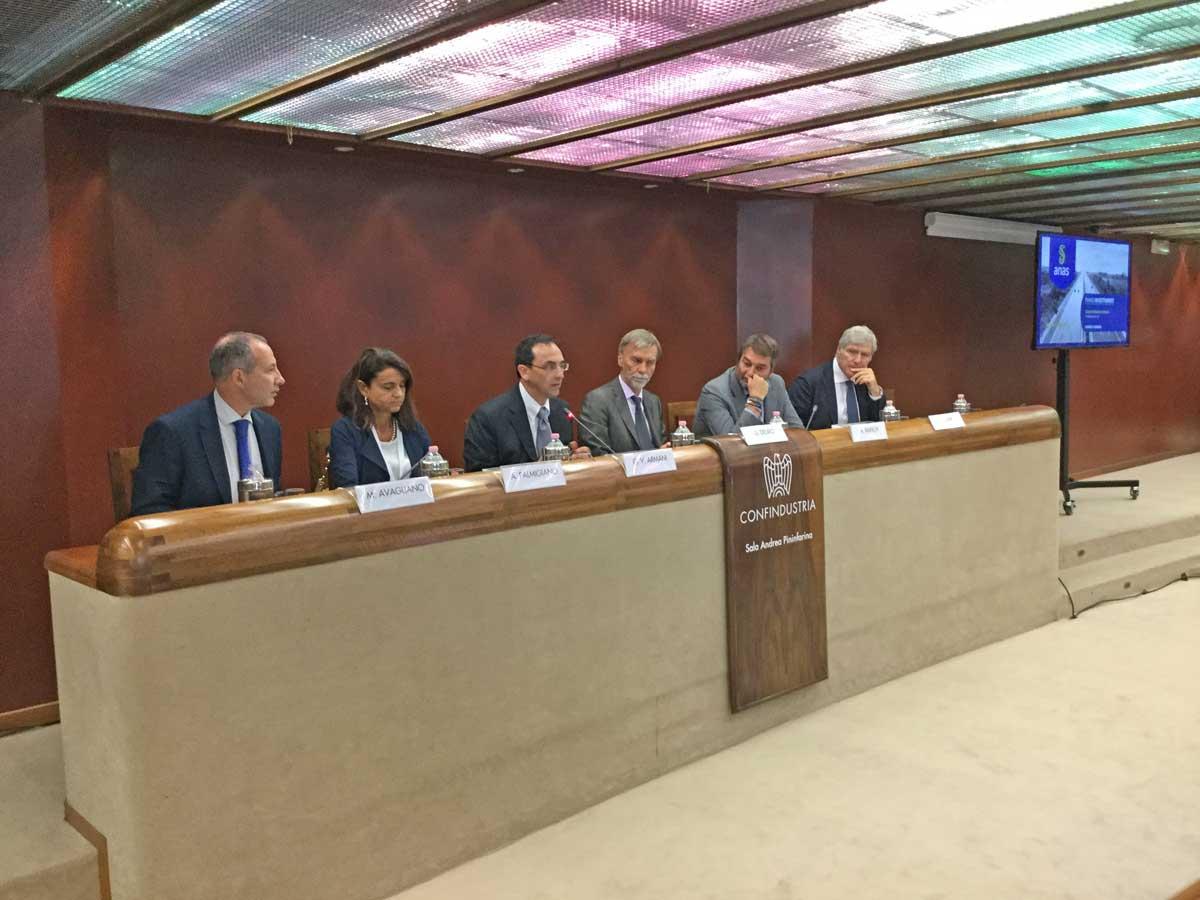 Anas: pronto piano investimenti da 30 mld; fusione con Fs entro anno