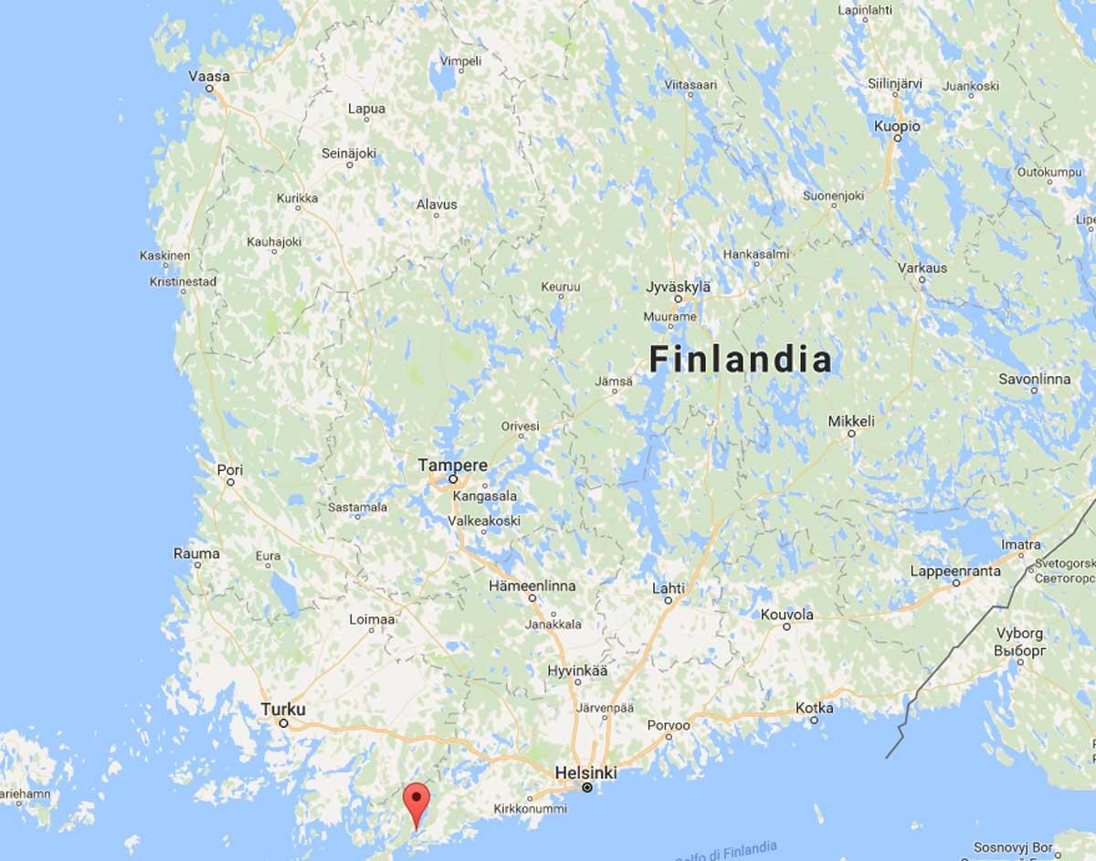 Almeno 4 morti in Finlandia per scontro tra treno e blindato militare