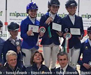 Alice Perugi e Gualtiero Nepi brillano alla fiera internazionale dei cavalli