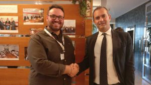 """Il Consigliere Catalano alla """"Scuola per la Democrazia"""" in Val d'Aosta"""