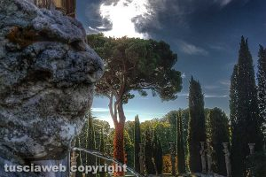 Caprarola - Un angolo di palazzo Farnese