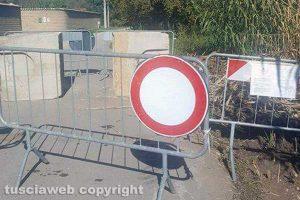 Viterbo - La strada chiusa in località Vado Falcone