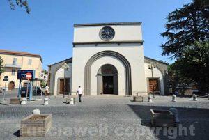 Cura di Vetralla - La chiesa e la piazza santa Maria del soccorso