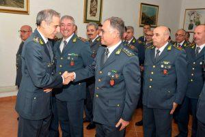 Guardia di finanza - La visita del generale Buratti al comando provinciale
