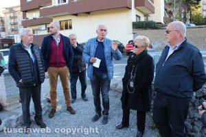 Viterbo - Il sopralluogo alla rotatoria a via Genova