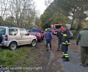 Valentano - Cagnolina caduta in un pozzo - L'intervento dei vigili del fuoco