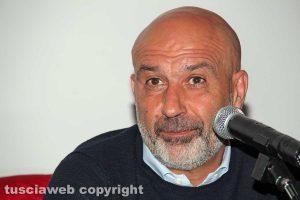 Sergio Pirozzi durante la presentazione del suo libro