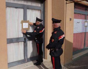 Civitavecchia - Il centro massaggi sequestrato dai carabinieri
