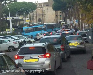 Viterbo - Traffico a Porta Romana