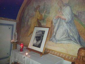L'interno della cappella dove padre Chiti era solito pregare