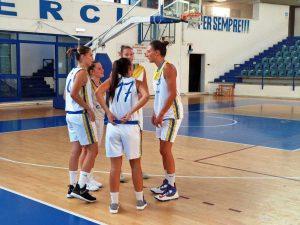 Sport - Pallacanestro - Le ragazze della Defensor in campo