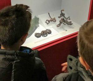 Montalto di Castro - Gli studenti della primaria visita la mostra egizi-etruschi