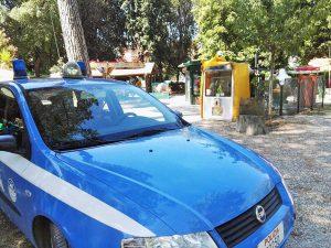 Viterbo - Polizia a Pratogiardino Lucio Battisti
