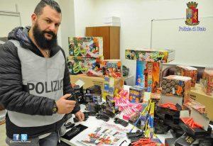 Roma - Il materiale sequestrato dalla polizia