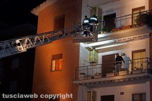 Viterbo - Duplice omicidio in via Santa Lucia - L'intervento dei vigili del fuoco